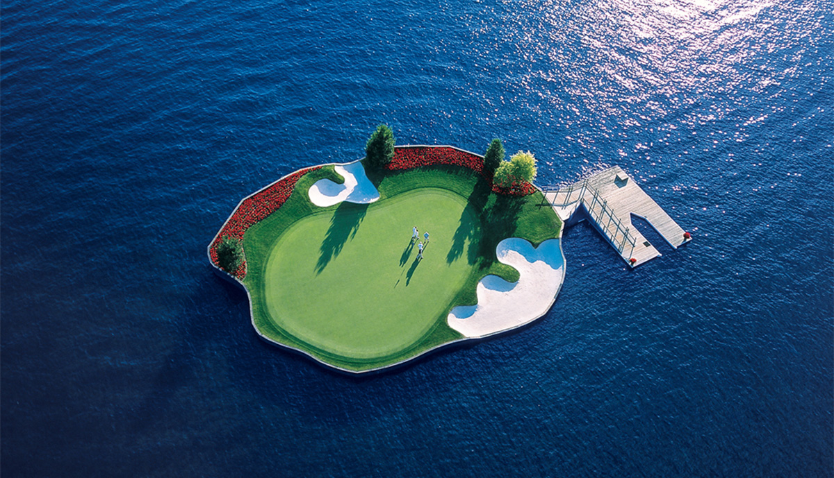 174_GolfCourse_FloatingGreenAerial_2